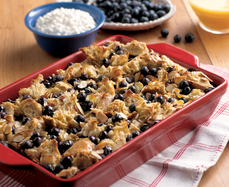 BAKED BLUEBERRY FRENCH TOAST 770x628